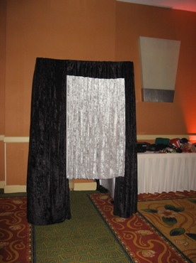 A Photo Booth Mania photo booth at the Newport Beach Marriott Hotel for a wedding reception of 250.
